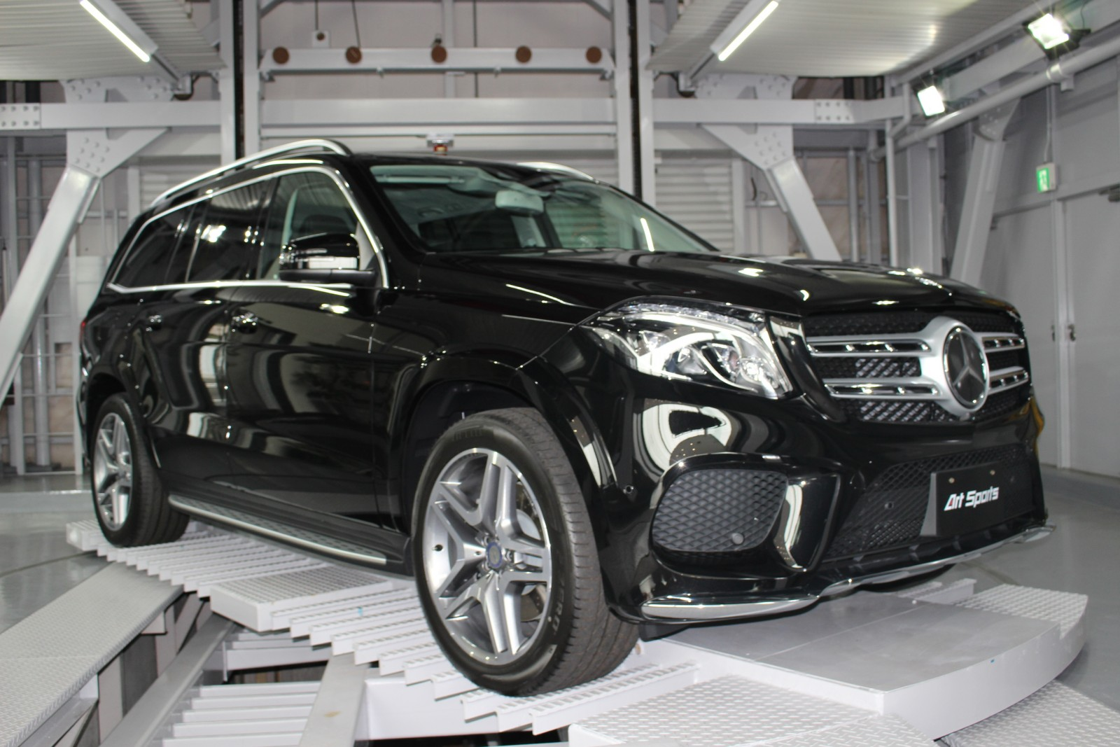 Mercedes benz gls350d 4matic sports rhd art sports for 2017 mercedes benz gls350d 4matic